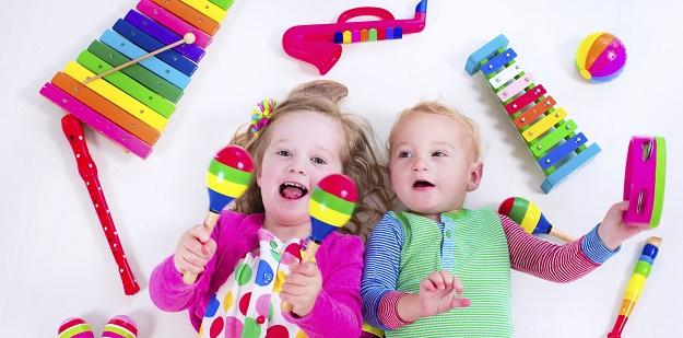 bebek gelişiminde oyuncak seçimi