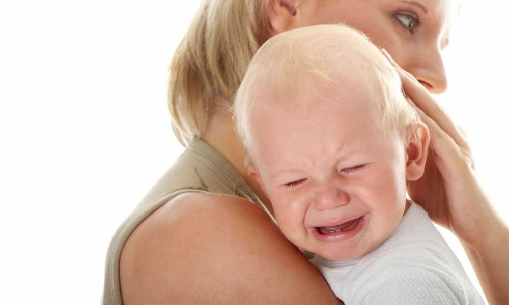 yenidoğan bebek neden ağlar