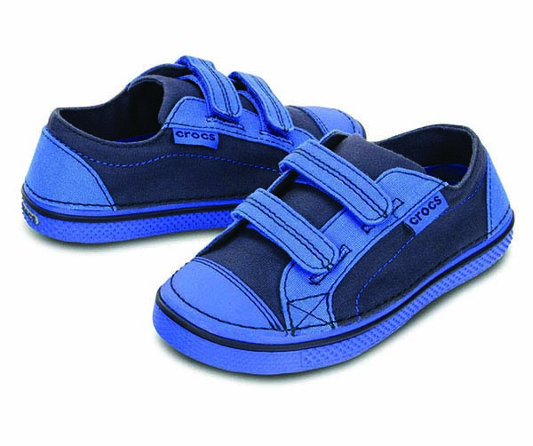 Crocs Hover Easy-On Canvas Sneaker C-1