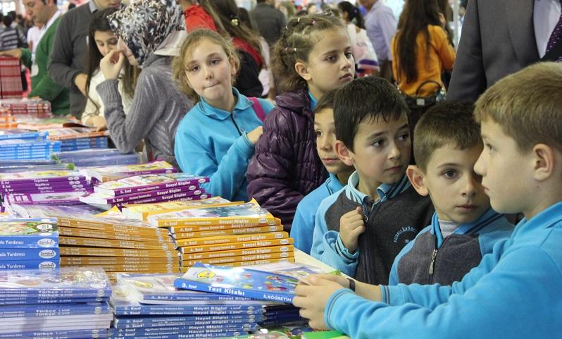 Çocuklar için Yılbaşı Hediyesi Alırken, Nelere Dikkat Edilmeli 79