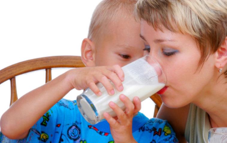 Çocuk ve süt ürünleri