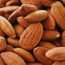 Almond : Badem
