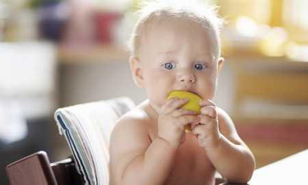 bebeğin boğazına cisim kaçarsa ne yapılmalı