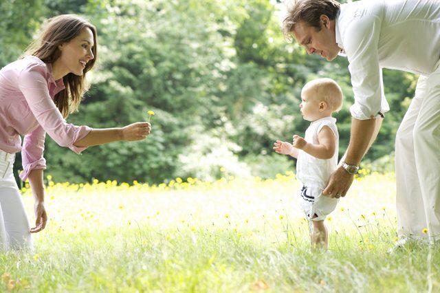 Bebeklerde yürüme