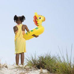 Afrikalı çocuklara oyuncak yardımı CapeTown Motofest