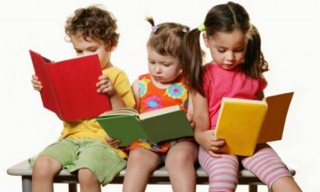 kitap-okuyan-cocuklar