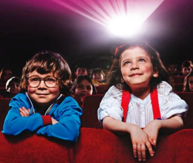 Çocuklar-Sinemada