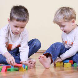 Çocuklar için Ahşap Oyuncaklar