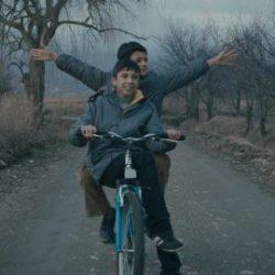 mavi-bisiklet-filmi