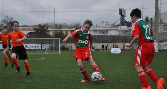 uluslararasi-cocuk-futbol-turnuvasi