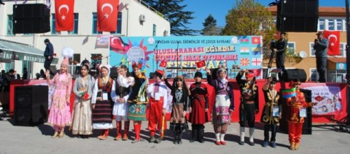 egirdir-cocuk-halk-oyunları-festivali