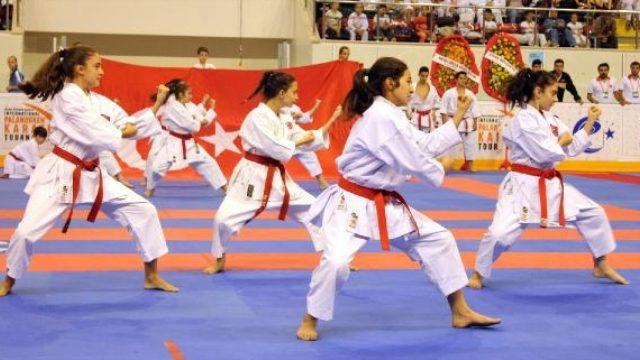 Karate Turnuvası