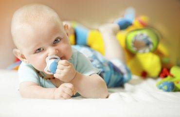 Emzikli bebek