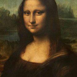 Mona Lisa, İtalya Floransa'daki Rönesans sırasında Leonardo da Vinci tarafından kavak bir pano üzerine resmedilmiş 16. yüzyıl yağlıboya portresidir. Resim halen Paris'teki Louvre Müzesi'nde sergilenmektedir. Tabloda oturmuş bir bayan resmedilmiştir, bayanın yüzünün kime ait olduğu hala gizemini korumaktadır.