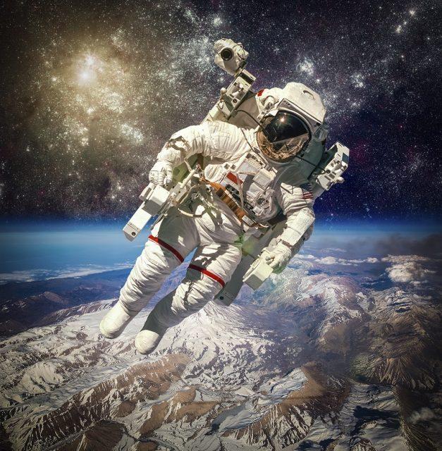 Nasıl Astronot Olunur