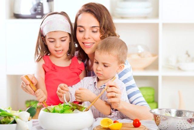 Sağlıksız Beslenme Çocukları Tehdit Ediyor