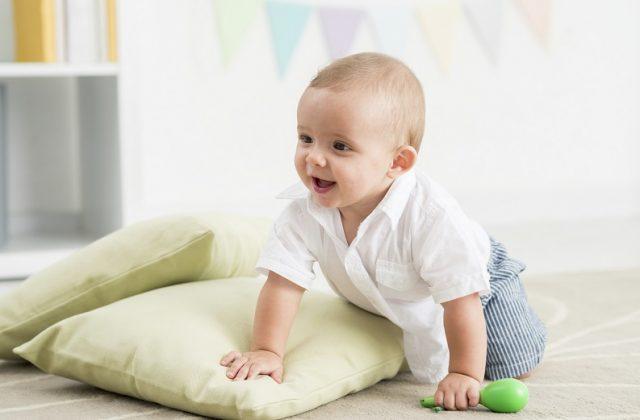 Bebeklerde Emekleme