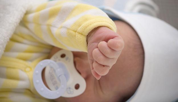 0-2 ay bebek gelişimi