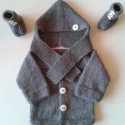 şapkalı bebek yelek örnekleri