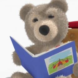 Ayıcık bombo kitap okuyor