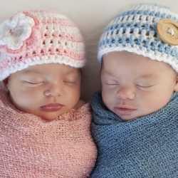 ikiz bebekler nasıl uyur