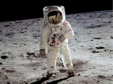 Aldrin Apolla 11 Aya Ayak Bastı