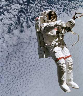 Astronot Selfy