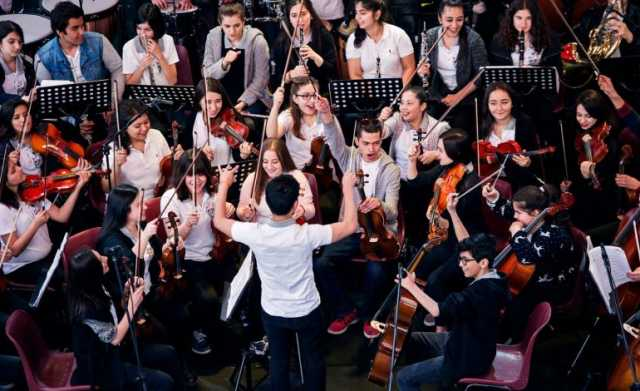 barış için senfoni konseri