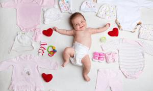 yenidoğan bebekler yazın nasıl giydirilmeli