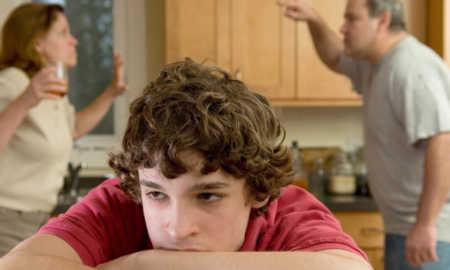 Ergenlerin Aileleriyle Sorunları Nasıl Giderilir?