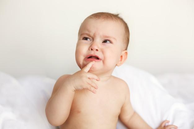 Çocuğun ağlayarak istediğini yaptırması
