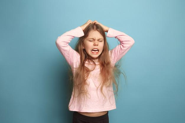 Her şeye ağlayan çocuğa ne yapmalı?